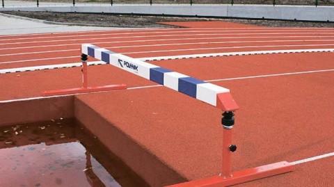 P 81105, IAAF Onaylı Polanik Yükseklik Ayarlı Atlama Engeli,